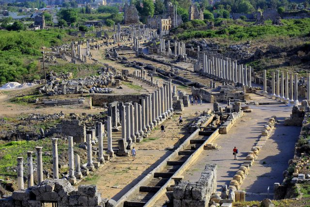 Antalya' daki Antik Kentler