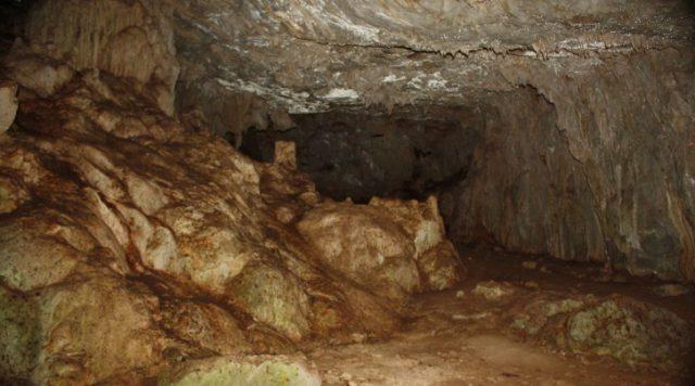 Kocadüden Mağarası