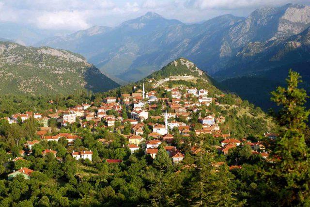 Antalya' nın Akseki İlçesi