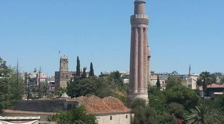 Yivli Minare Camii ve Külliyesi