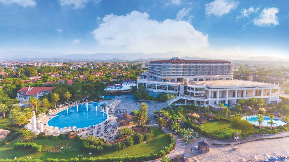 https://www.geziantalya.com/wp-content/uploads/2020/12/starlight-resort-hotel.jpg