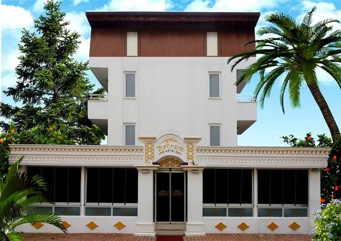 https://www.geziantalya.com/wp-content/uploads/2021/01/behram-hotel.jpg